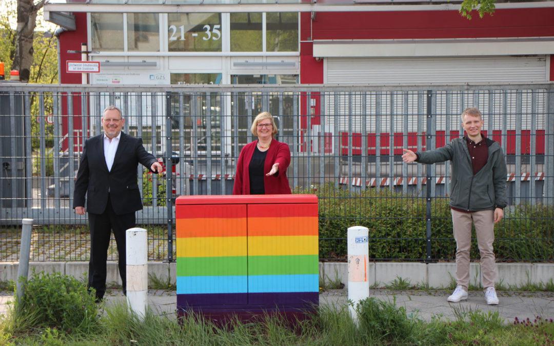 Schöneberg, Stromnetz and the LSVD together against Homophobia, Bi-, Inter- and Transphobia